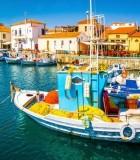 Griechische Ferienhäuser auf dem Festland